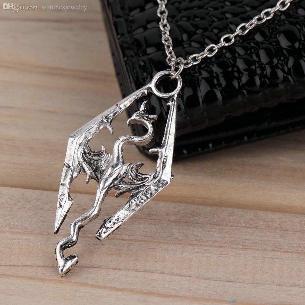 Commercio all'ingrosso-nuovo Dinosaur Collana a sospensione Skyrim Elder Scolles Dragon Pendants Collana vintage per uomo / donna Gioielli in tutto il mondo Vendita