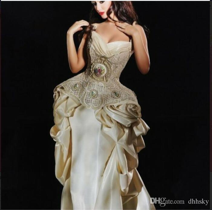 Robe de soirée Yousef aljasmi Kim kardashian Spaghetti Satin perlé Robe longue Almoda gianninaazar ZuhLair murad