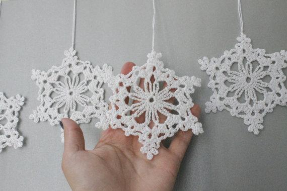 Lace Snowflakes Snow White Crocheted Snowflakes Ornaments Christmas ...