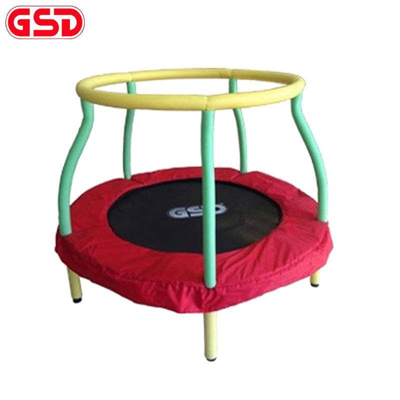 Atacado-GSD alta qualidade 4 pés / 48 polegadas rodada crianças Primavera Trampolim com caixa de líquido de segurança, salto cama TUV-GS aprovação CE