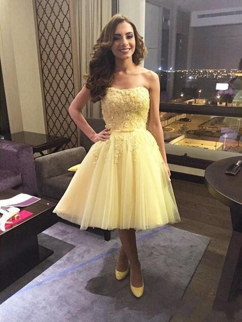 2016 짧은 무릎 길이 옐로우 칵테일 드레스 라인 줄리 백 지퍼 Vestido de Novia 중국 제 파티 드레스 홈 가운