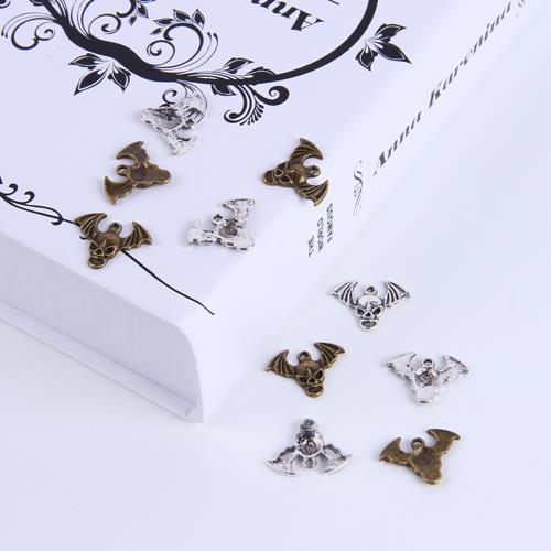 2015 Sıcak Satış Gümüş / Bakır retro Kafatası Kolye Imalatı DIY takı kolye fit Kolye veya Bilezikler charm 250 adet / grup 247 w