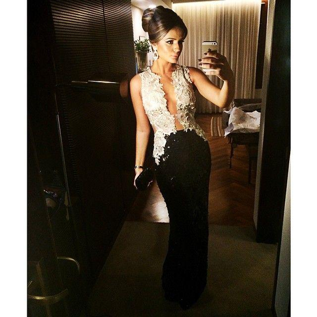 Nude Tulle Aplikacja Black Cekiny Syrenka Luksusowe Sexy Długie Wieczór Prom Dresses Pearls Button Sheer Back 2015 Nowa Designer Formalna Sukienka