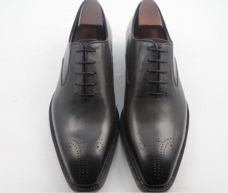 Zapatos de vestir de hombres Zapatos de Oxfords Zapatos de hombres Zapatos hechos a mano de encargo Zapatos de tacón de punta de ala de cuero de becerro genuino HD-143