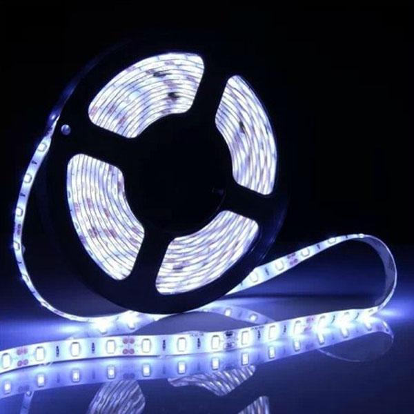 5630 60LEDS / M DC12V 0.3W / LED, 30LM / LED Pure Biały / Ciepły White Zasilane Słoneczne LED Light Lights 50meter One Lot Cerohs Certyfikowany