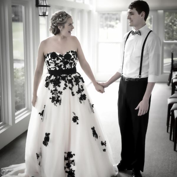 Latest Black Lace Tulle Wedding Dresses 2016 Sweetheart Vestido De Novia with Belt Custom Made Lace-Up Court Train Bridal Gowns Plus Size