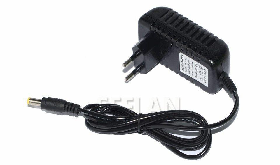 Alta qualità AC 110V 220V UE / USA adattatore DC 12V 2A del caricatore dell'alimentazione elettrica di commutazione di alimentazione per la macchina fotografica LED Light Strip CCTV