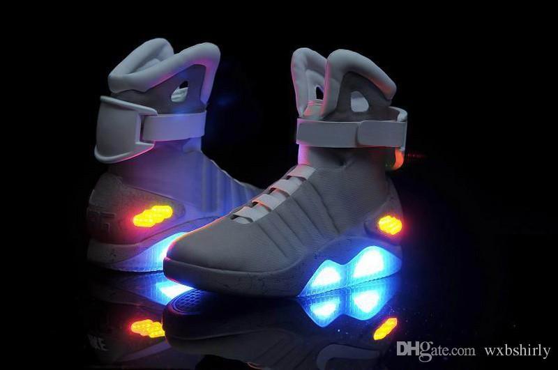 sneakers for cheap a615d d91f1 Großhandel 2015 Hottest LED Schuhe Air Mag Marty McFlys Sneaker Mag  Glühende Schuhe Partei Lade Schuhe Limited Edition Herren Schuhe Grau Bühne  Schuhe ...