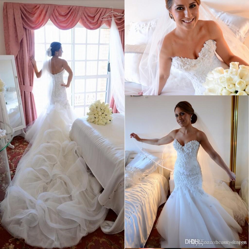 2017 Hot Glamorous Custom Made Mermaid Bröllopsklänningar Plus Storlek Sweetheart Backless Lace Appliquse Beaded Bridal Gowns Long Cathedral Train