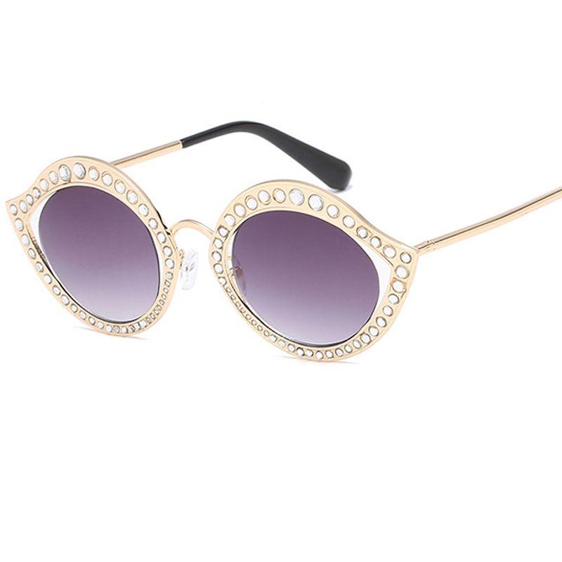 Mode Brillen Diamant Einzigartige Lip-Form-Sonnenbrille Frauen Katzenaugen-Sonnenbrille Marke Designer weiblichen Jahrgang Klar Shades UV400L147