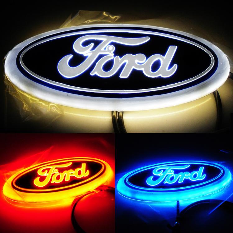 LED 4D Araba Logosu Işık 14.5 cm * 5.6 cm Araba Logosu Oto Sticker Rozeti Açık Mavi / Kırmızı / Beyaz Işık Ford Focus Mondeo Için