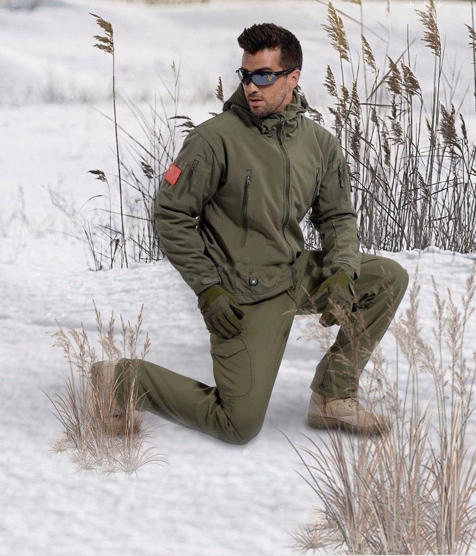 2017 men's Jacket Military Tactical Men Jacket Shark Skin Soft Shell Waterproof Windproof Men windbreaker Jacket Coat