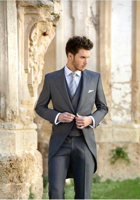 Slim Fit Tailcoat Groomsmen Suit Dark Grey Wedding Suits For Men ...