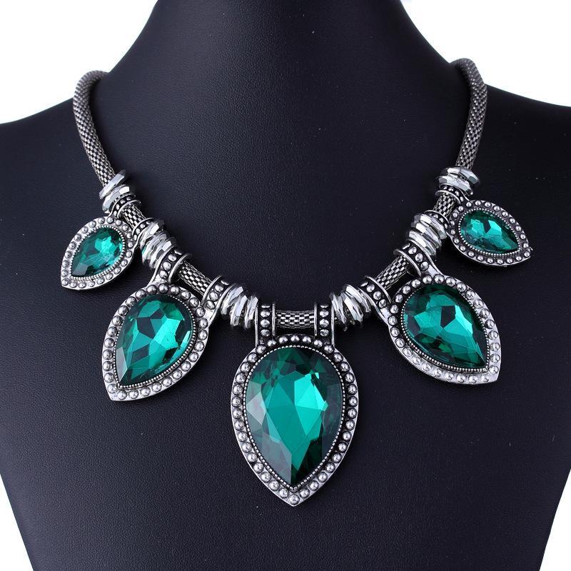 Gioielli vintage esagerati per le donne Collana di pietre preziose Dichiarazione d'argento Collane pendente Choker XL5157