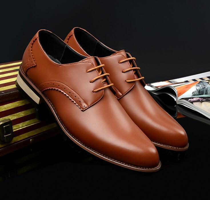 새로운 남성 가죽 신발 이탈리아어 공예품 남성 복장 신발, 반짝 이는 정품 가죽 Brogues 남자를위한 옥스포드 결혼식 신발 NXX306