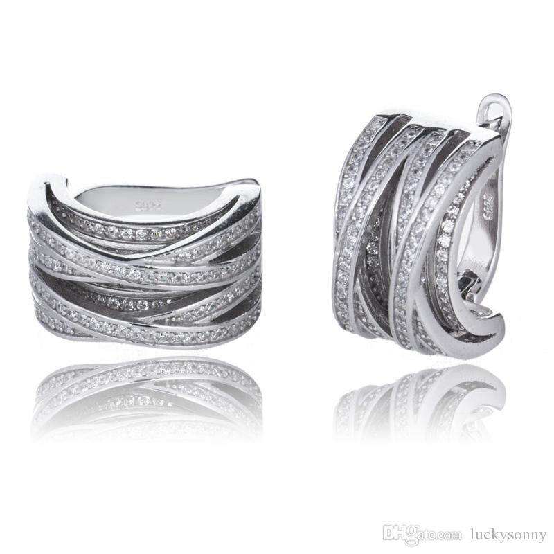 100% 925 sterling zilveren joyas sieraden 5A cz micro verharde knoop Huggie oorbellen in Lucky Sonny Store