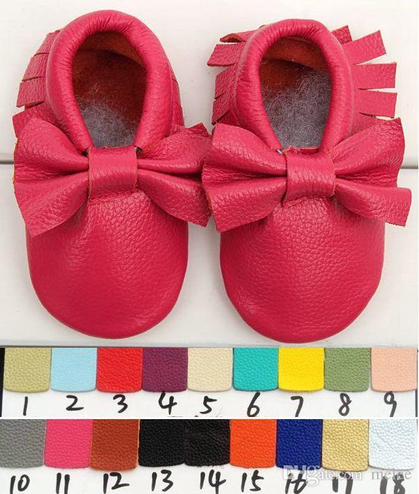Gratis Ship 2015 Ny Tassels Bow 2 Style Baby Moccasins Soft Moccs Baby Skor Barn Äkta Läder Nyfödd Baby Prewalker Babe Spädbarnsskor