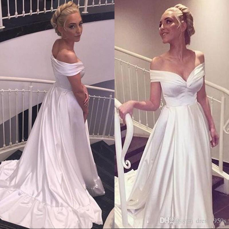 2018 Sexy Evening Dresses A Line Off the Shoulder Ruched Sleeveless White Prom Party Gowns with Sweep Train Cheap High Quality