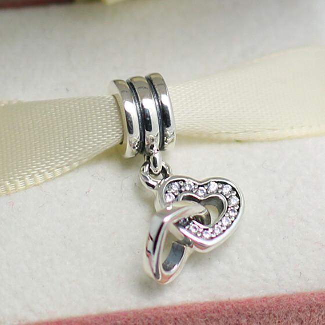 S925 Sterling Silver Interlocking Love Dangle Charm Pead With Clear Zirconia Passar European Pandora Smycken Armband Halsband Pendants