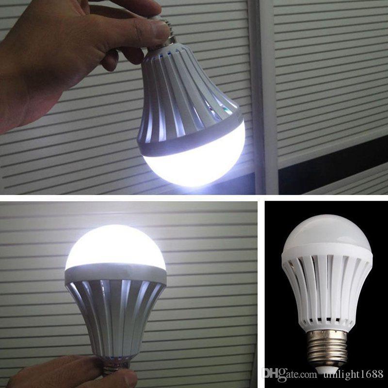 UWLIGHT1688 E27 LEB Glühbirnen Intelligente wiederaufladbare Notglühlampe SMD 5730 5W / 7W / 9W / 12W LED-Leuchten