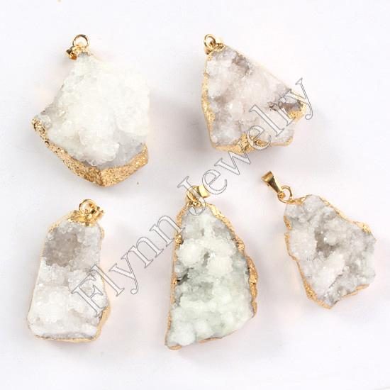 Очарование различных белый кристалл друзы Geode Vug натуральный камень кулон коллекция положительной энергии Амулет Европейский ювелирные изделия 10 шт.