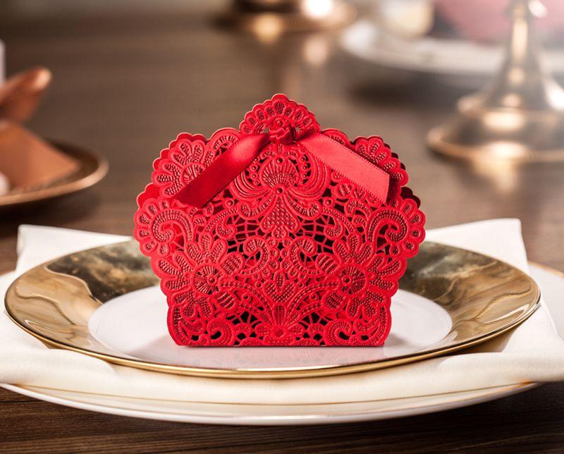 زفاف لصالح صناديق قص الليزر لصالح الزفاف ورقة الليزر الأحمر حلوى القصدير حاويات تفضل الزفاف الصينية الطرف