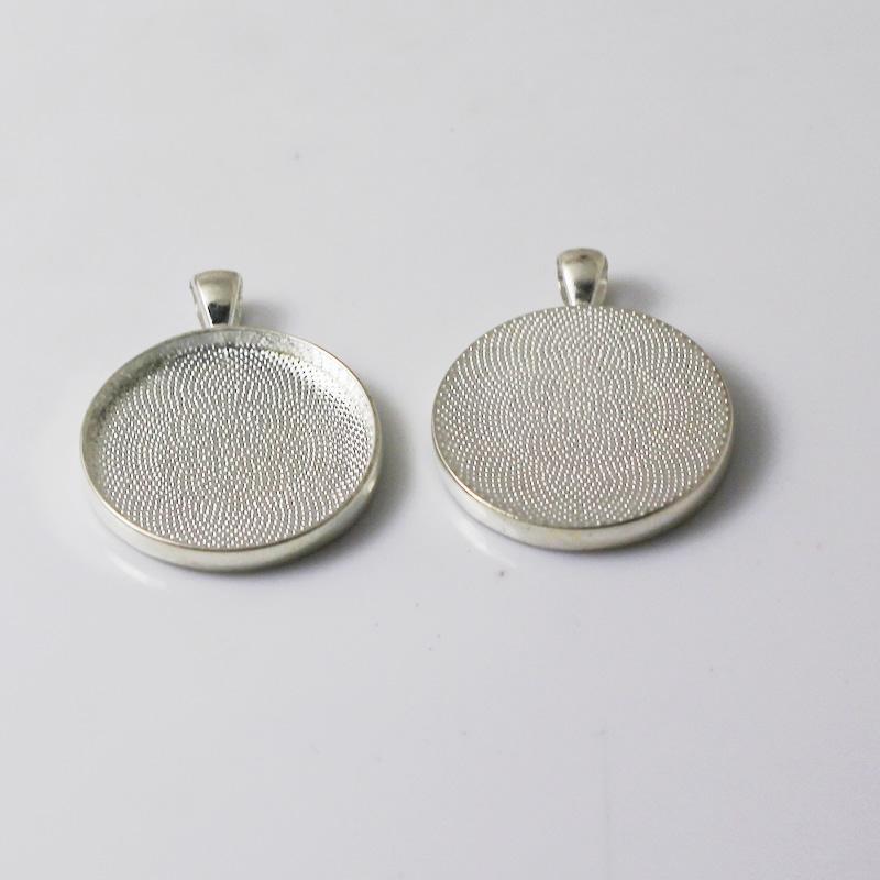 Beadsnice إعداد كابوشون قلادة مع 30mm جولة صينية سبائك الزنك قلادة مدي الإعداد لصنع المجوهرات معرف 16397