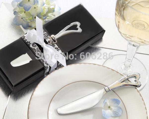 "100PCS/LOT Wedding Favors and Party Gifts ""Spread the Love"" Butter Knife Chrome Cheese Spreader with Heart Shaped Handle"