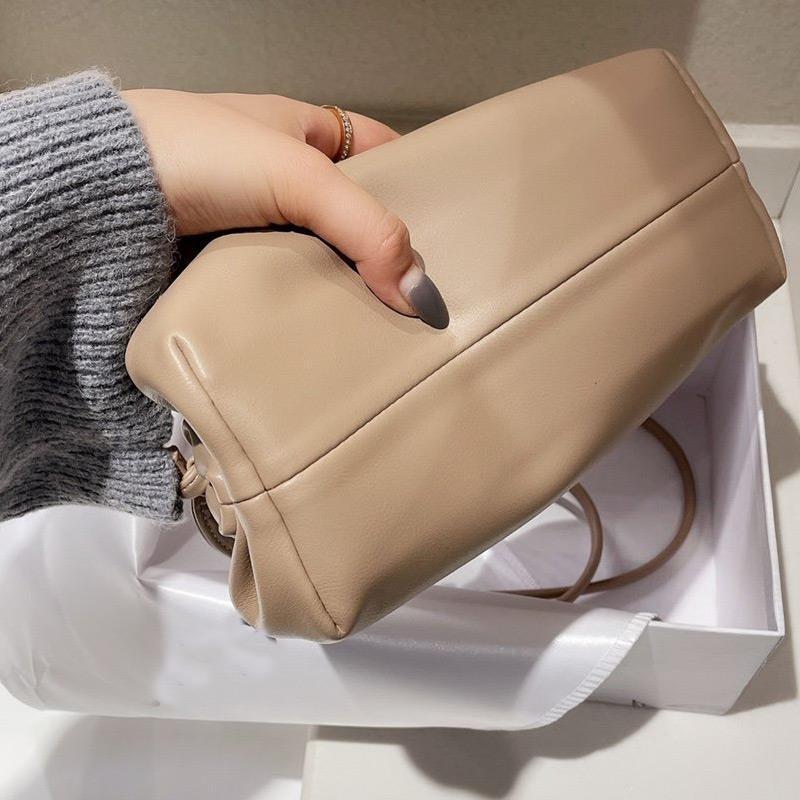 Mulheres saco de remessa grátis multi couro dobra nuvem lithe bolsa macia bolsa de mão ombro crossbody cor preta largamente fjoev