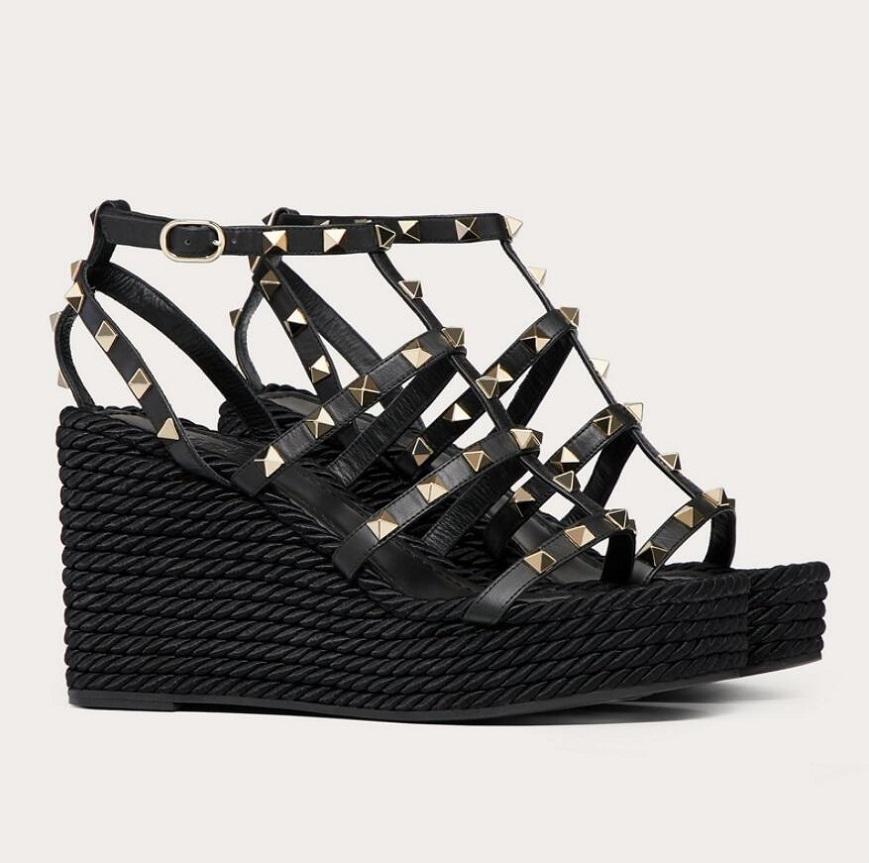 Mükemmel Yaz Markaları Kadınlar Kaya Çivileri Kama Sandalet Ayak Bileği Kayışı Çıplak Siyah Dalfskin Deri Platformu Espadrilles Takozlar Lady Ayakkabı AB35-43