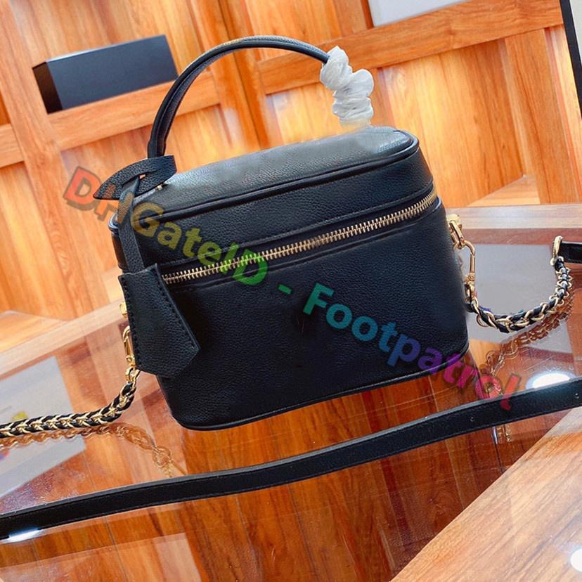 2021 أزياء المرأة عالية الجودة أكياس مزاجه حقيبة المكياج حقيبة مصمم الرجعية إلكتروني طباعة حقيبة واحدة الكتف handbagstrend مخلب محفظة مصممي الفم