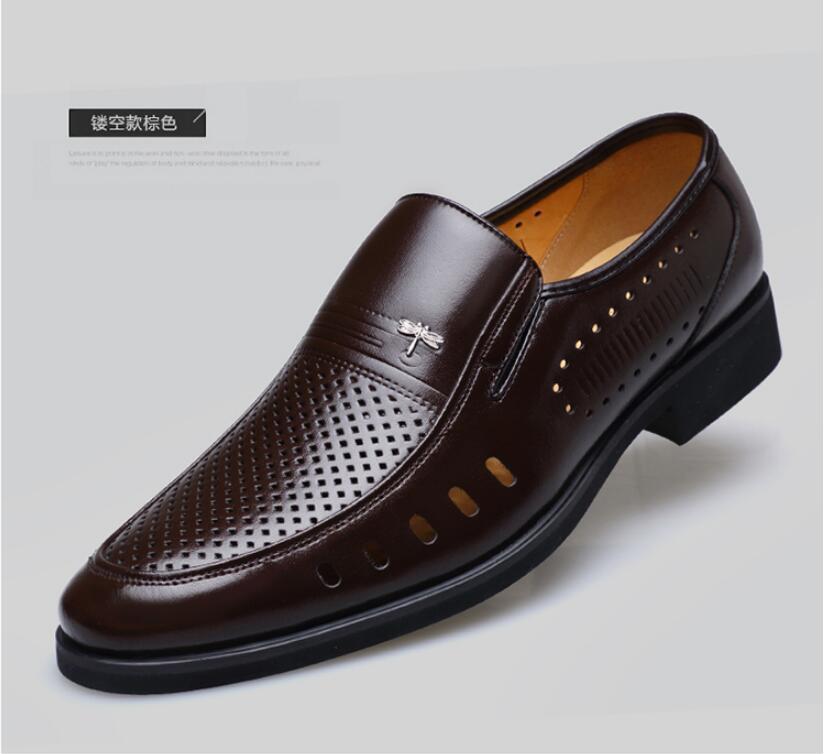 جديد نمط الصيف الرجال الصنادل الجلدية الجوف خارج منتصف العمر والأحذية القديمة الذكور أبي الأحذية الرومانية تنفس الصنادل الجلدية 38-45