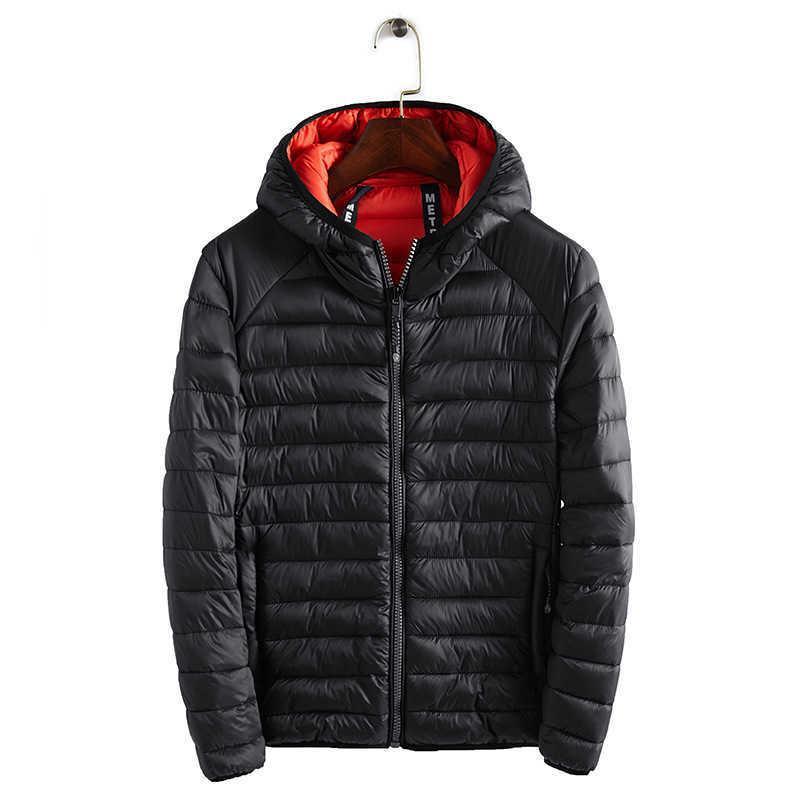 Yeni 2019 Kış Ultralight Erkek Pamuk Aşağı Ceketler Hafif Paltolar Rahat Klasik Mont Erkek Artı Boyutu S-XXXL V191031