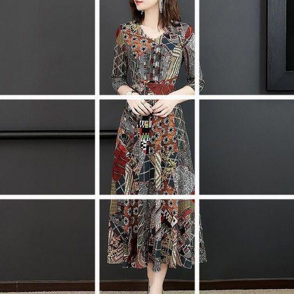 Vestidos Grande Tamanho 2021 Feminino Primavera e Saia de Verão Impressão da Mãe Moda idosos de meia-idade