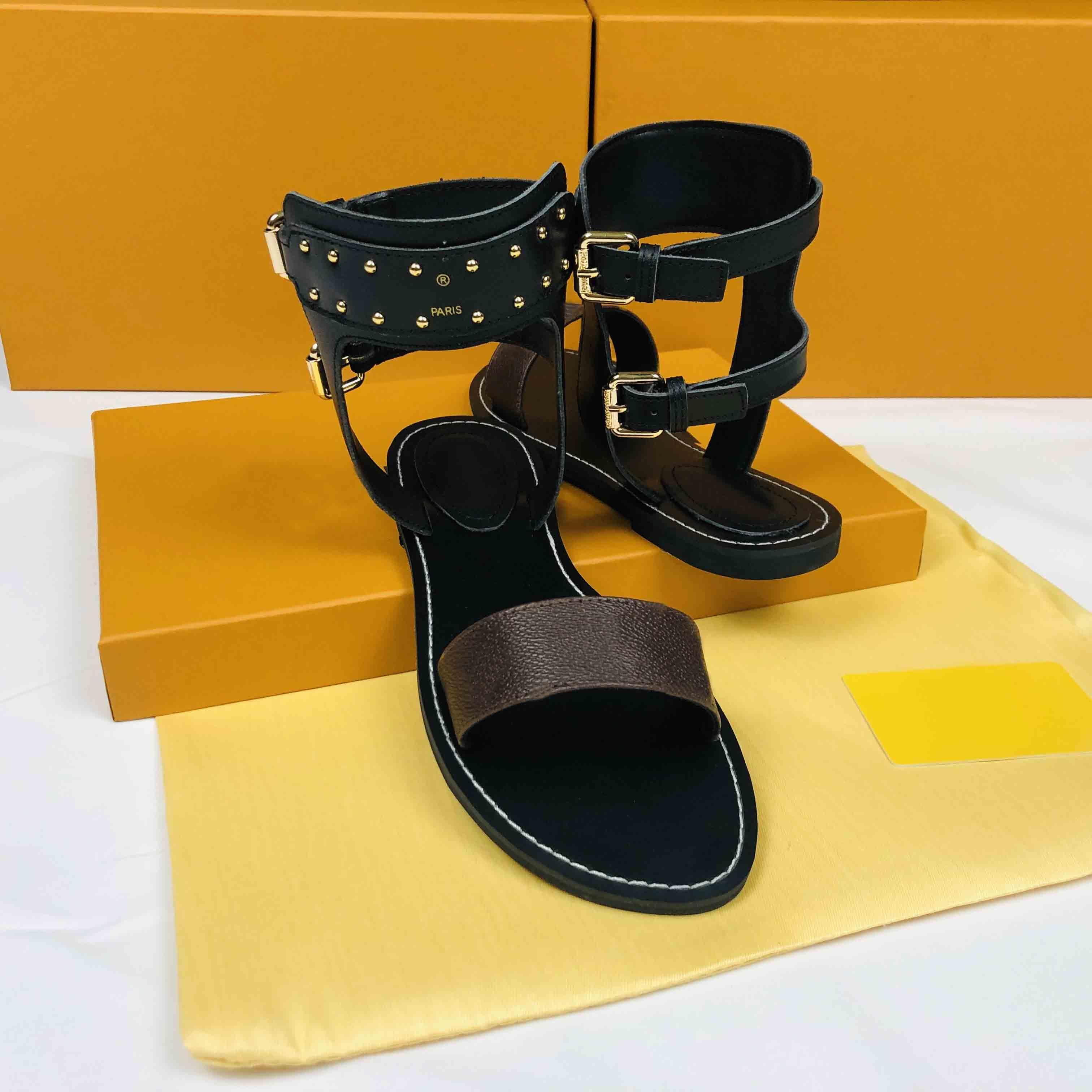 2021 Sandalet Luxurys Tasarımcılar Ayakkabı Marka Yaz Ayakkabı Tasarımcı Bayan Kadın Kayma Sivri Burun Sandal Seksi Slingback Pompaları Kutusu Boyutu 35-43
