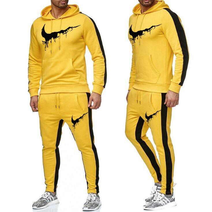 2021 Men's Autumn Boedies Tracksuit Set maschio Slim fit uomo traspirante 2pcs sportswear Lettera stampa felpa + Abiti pantaloni Bianco nero