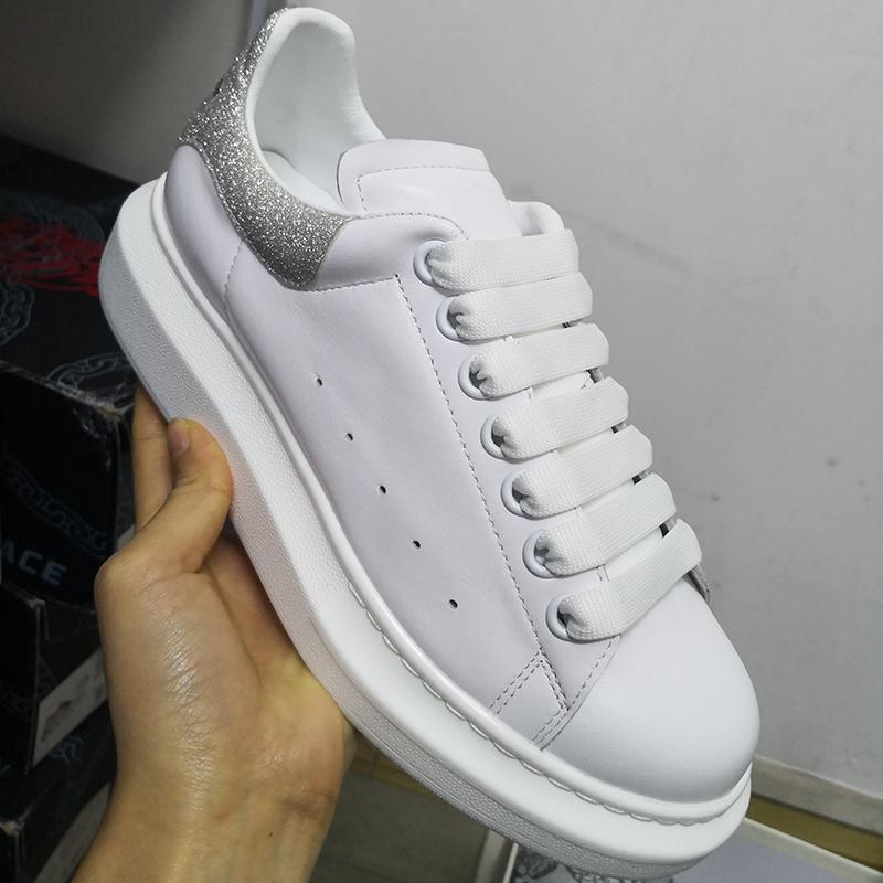 Tasarımcı Ayakkabı 100% Dalfskin Erkekler Boy Sneaker Kadın Süet Düz Gerçek Deri Platformu Eğitmenler Kauçuk Sole Wirh Kutusu US 11