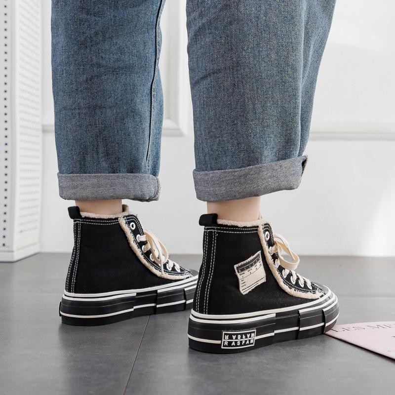 2020 Estate Nuova piattaforma High-Top Black Shoes Womens stile coreano Versatile Canvas Scarpe da donna Studente Casual da donna Scarpe da donna