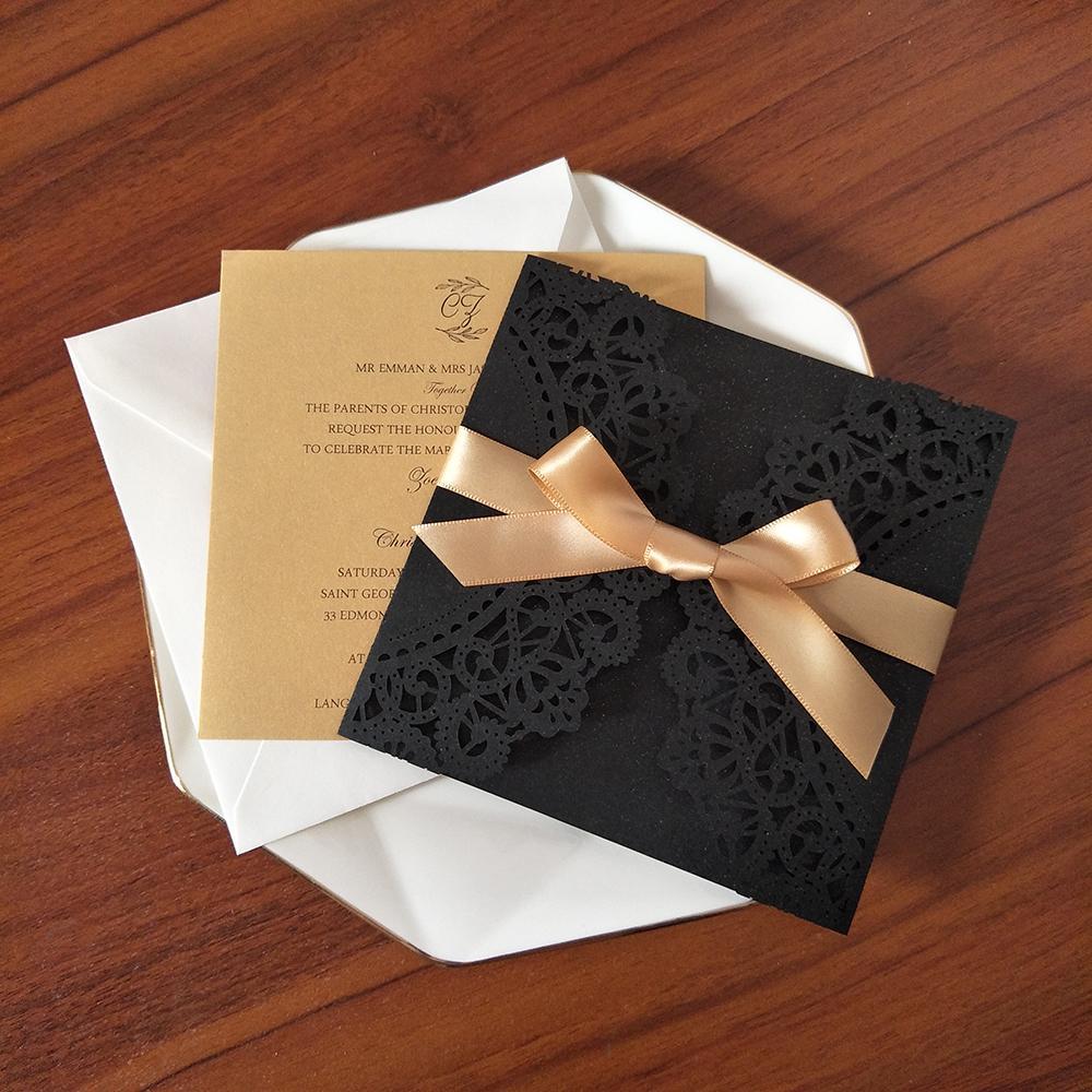 Invitación de boda de brillo negro con cinta de oro y envolvente Impresión personalizada Tarjetas de fiesta de corte por quinceañera ducha nupcial