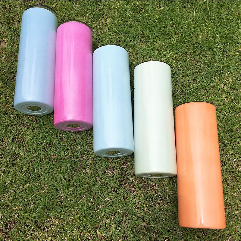 20 oz UV changeant de la sublimation en acier inoxydable en acier inoxydable tumblers Changement de couleur sous la tasse de voyage portable de plein air