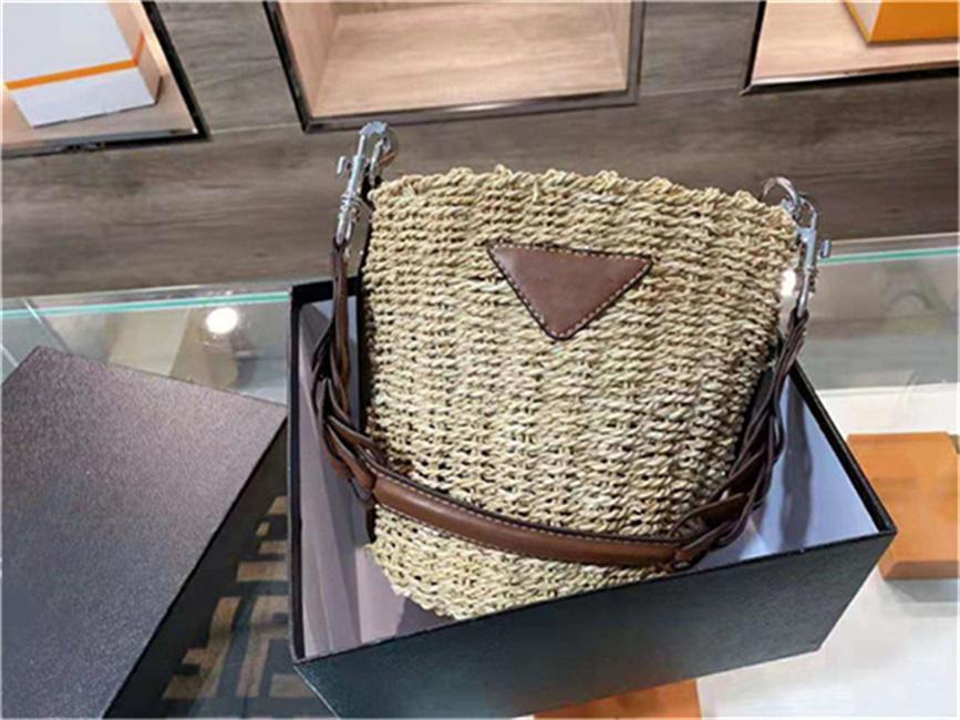 Casual Designer Bolsas 2021 Ladies Calidad de lujo Paja Bolsa de tejido Hombro Hombro Bolsos Mensajero Material de cuero Material de cuero Arte refrescante Moda de alta gama All-Patch