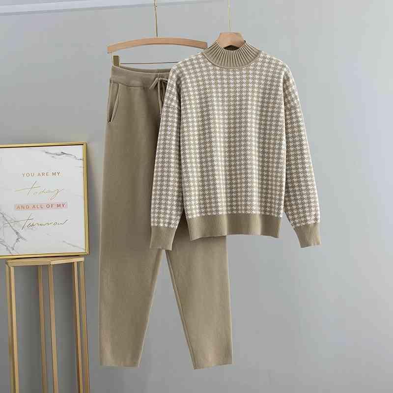 Bygouby Goose Foot Broderie Turtleneck Pull Turtleneck + Pantalons Femmes Sweatersuits 2pcs Ensemble de vêtements d'hiver dames 210409