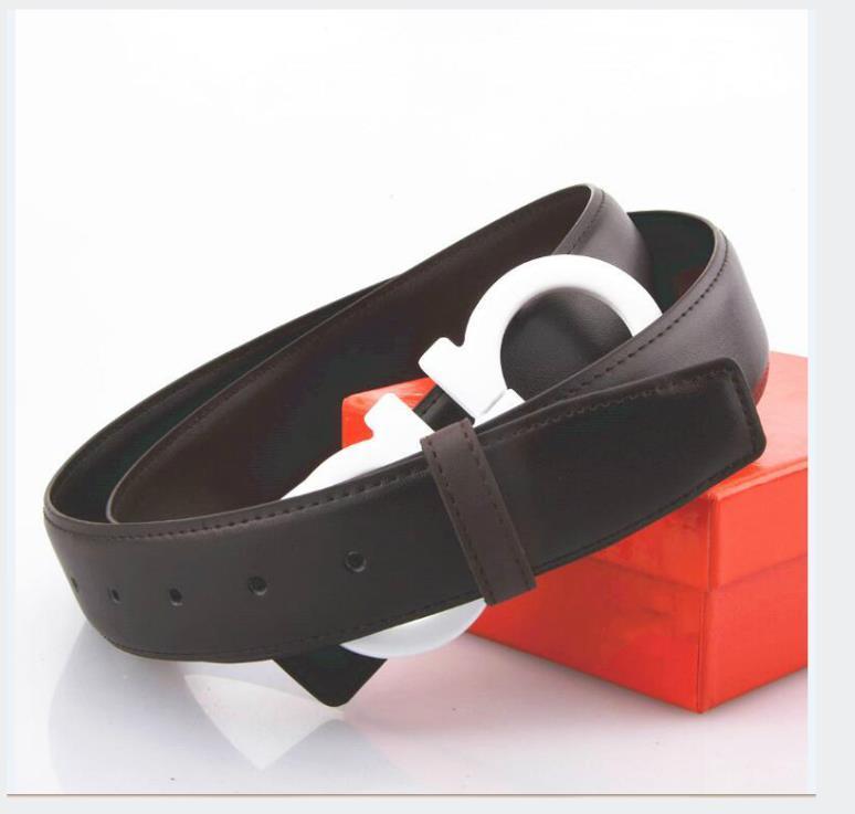 Äkta läderbälte stora stora spänne designer bälten män kvinnor högkvalitativa nya mens bälten med låda