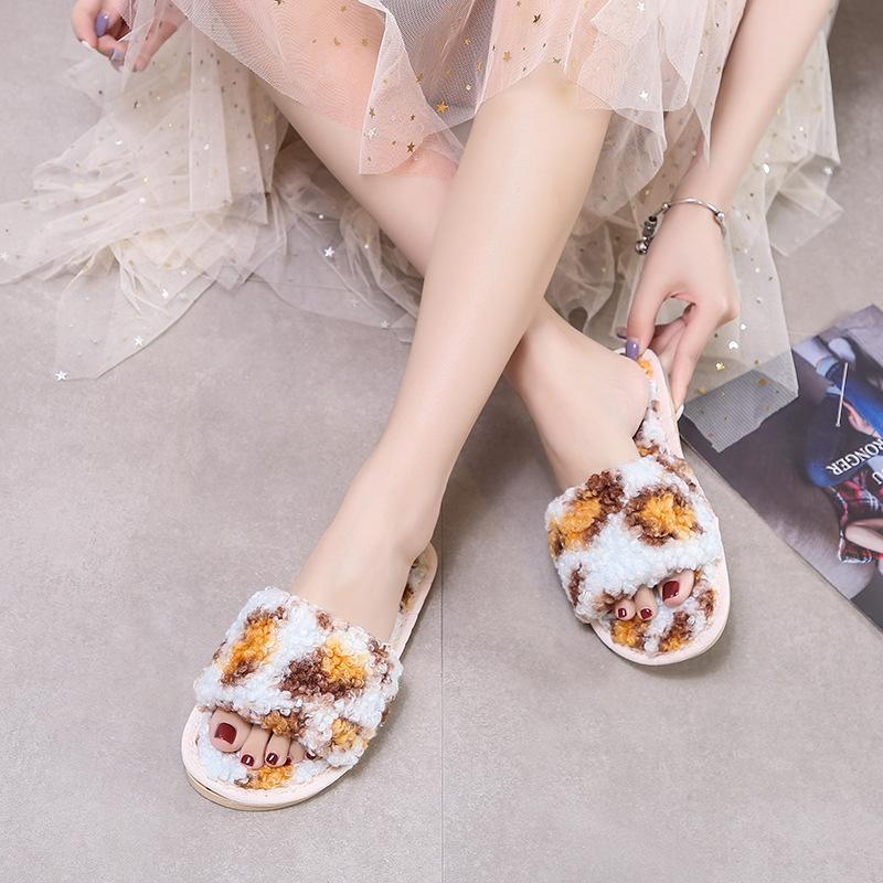 النعال الشتاء 2021 المرأة الأزياء رقيق دافئ داخلي الكلمة الشرائح ليوبارد حليقة فروي zapatos دي موهير