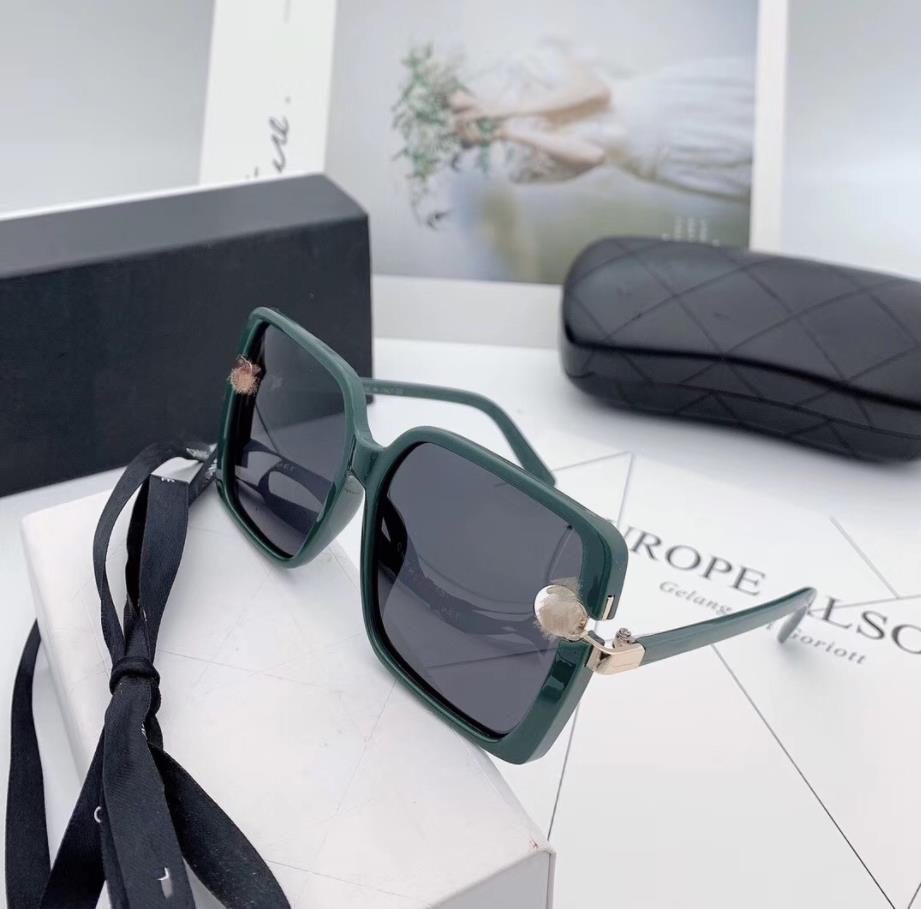 2021 Steampunk Brand Design Luxury Big Frame Occhiali da sole da uomo Donne Fashion Square Shades UV400 Occhiali vintage