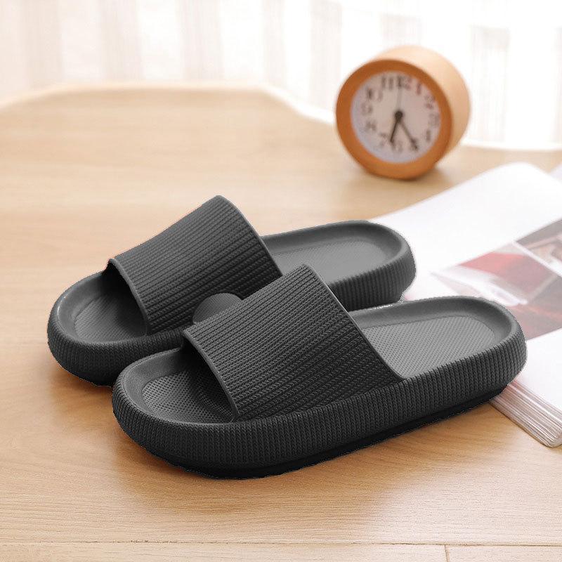 Chinelos de plataforma grossa mulheres interiores de banheiro interior macio EVA Anti-Slip Amantes Casa Slides Sapatos de Verão Senhoras