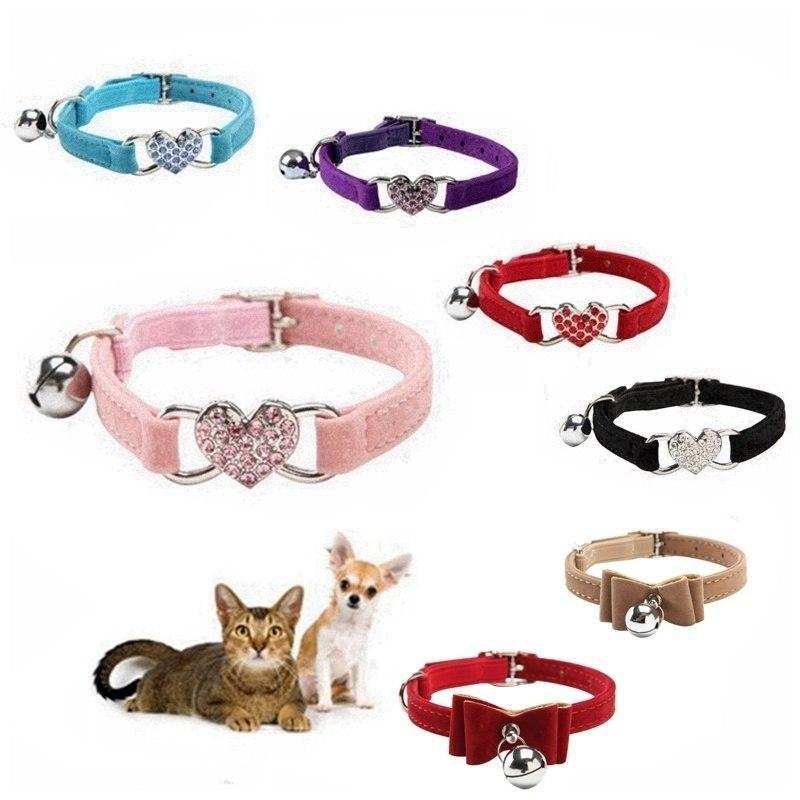Hundekragen Leinen \ 50pcs 5 Farben Herz Charme und Bellkragen Welpen Katze Sicherheit elastisch Einstellbar mit weichem Samtmaterial