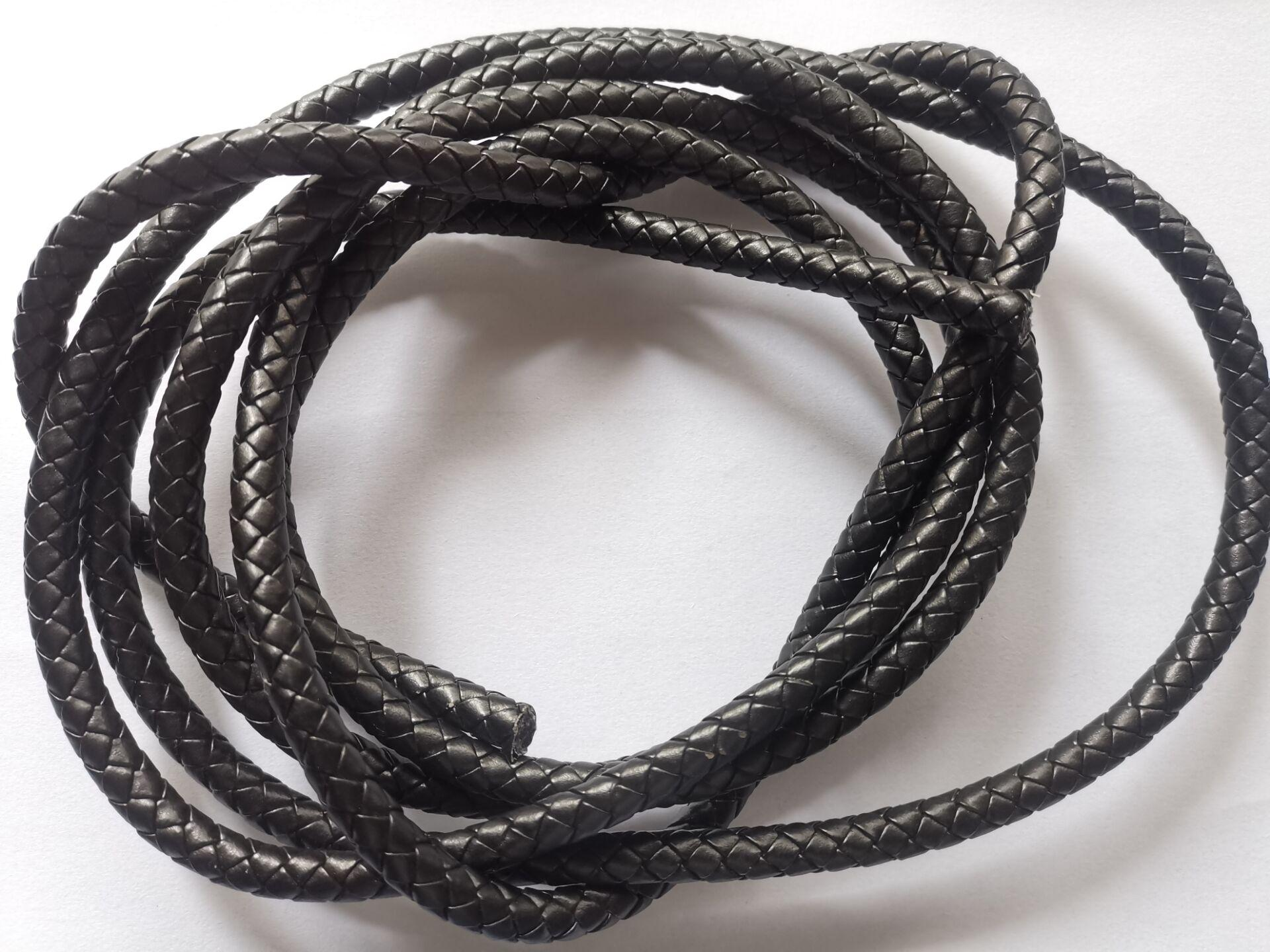 3 meter van 8mm zwart gevlochten bolo lederen koord # 22515