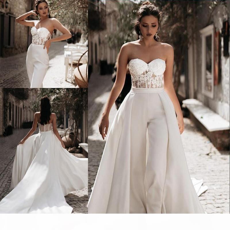 Modest Tuta Abiti da sposa spiaggia con treno rimovibile Sweetheart Pants Satin Lace Appliques Paese Mother Bidal Gowns