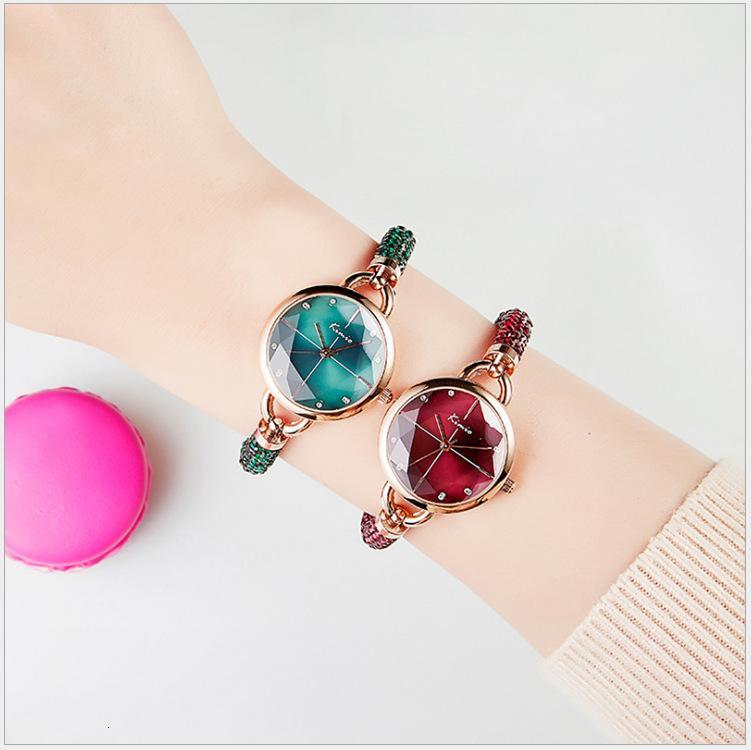 Watch Small Kimio New Dial Korea Quartz Frauen Mode Wasserdichte Nische Armband Dame